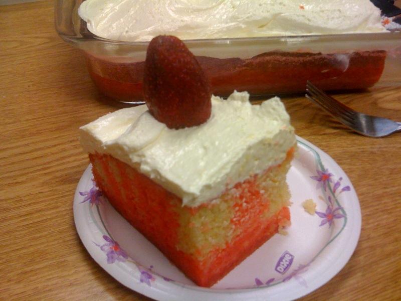 Strawbeery Pop Cake